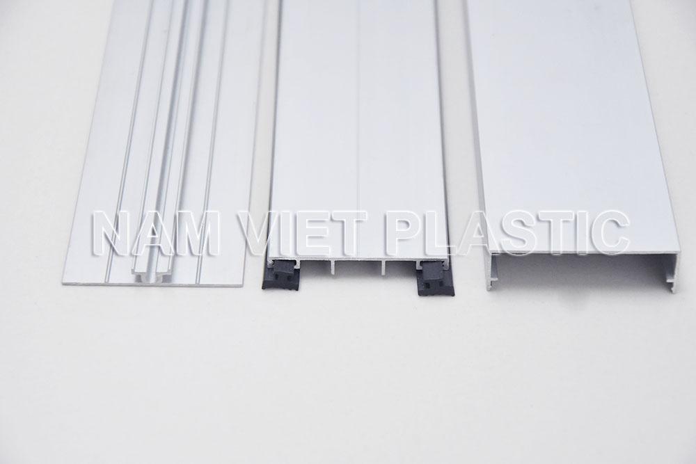 Nep noi polycarbonate NV-T1 (2)