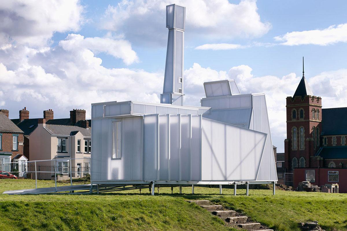 Toà nhà được xây dựng từ Polycarbonate mờ