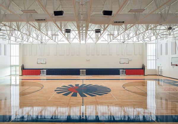 Bên trong nhà thi đấu Kent Denver: Yates Pavilion (Hoa Kỳ)