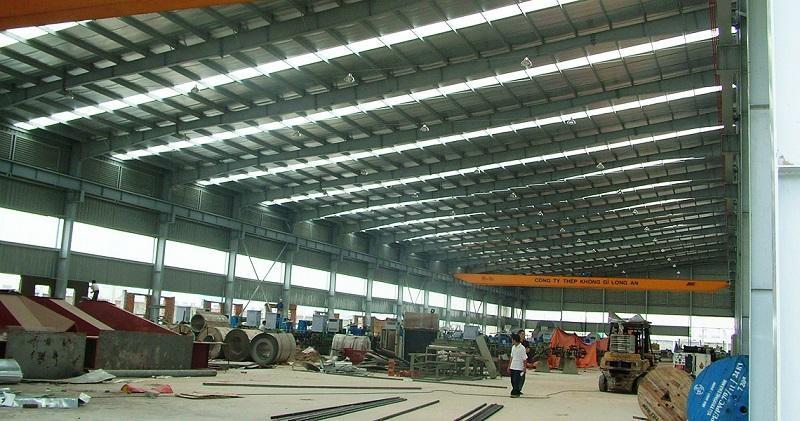 Tôn lấy sáng do Nhựa Nam Việt sản xuất